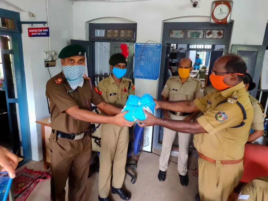 Mask and sanitizerDistribution at Police Station Ezhukone 2020